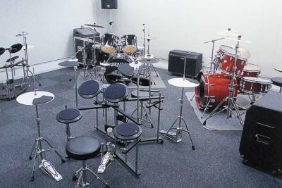 ドラム レッスンスタジオ