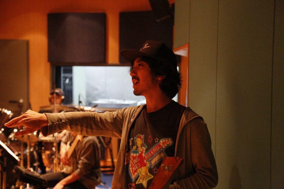 話題のMVを数多く手掛ける 映像ディレクターの加藤マニさん来校!  学内でMVを撮影!